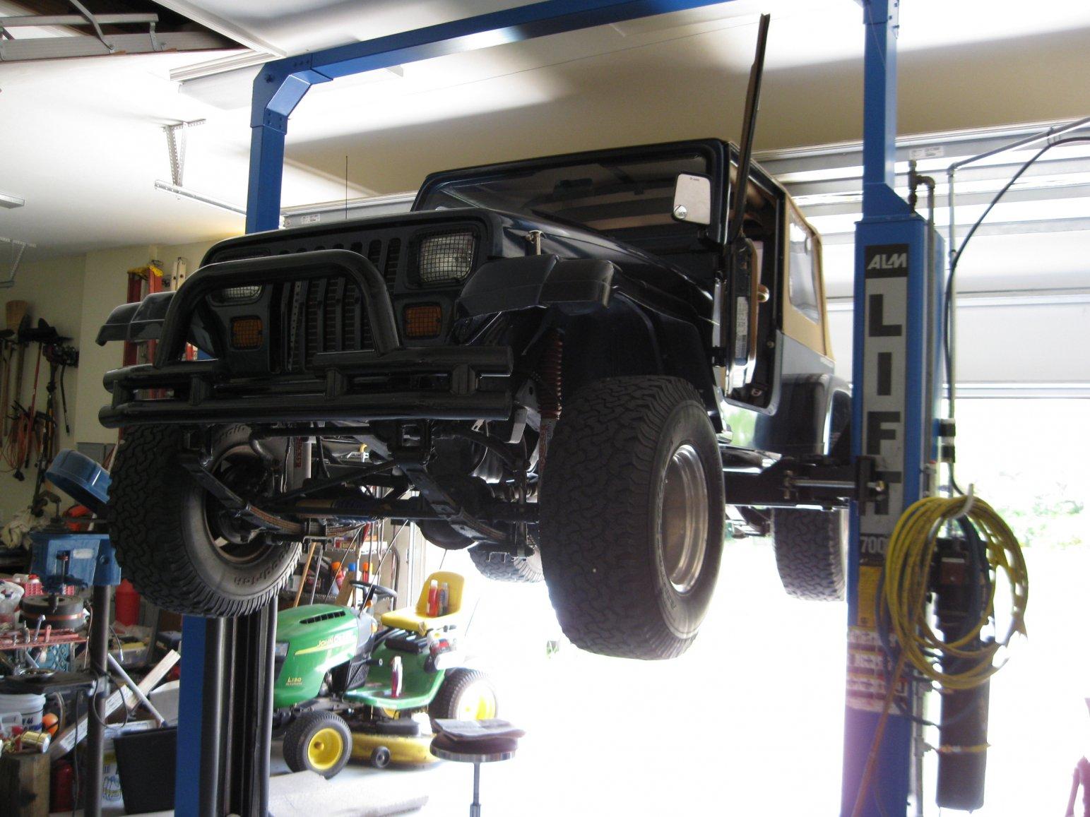jeep-lift.jpg