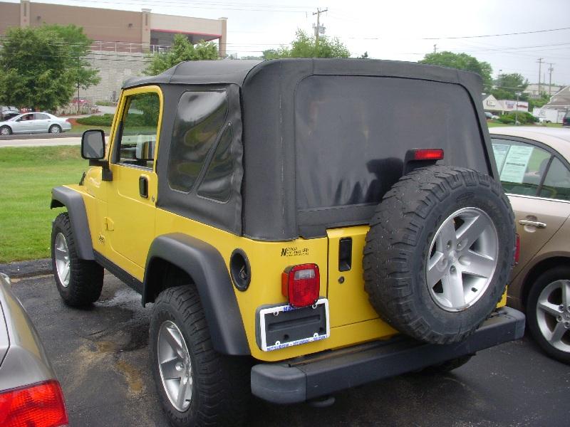 jeep-lot.jpg