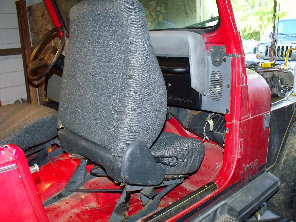 jeep-progress-08-16-2010-022.jpg