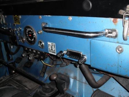 jeep-radio-004.jpg