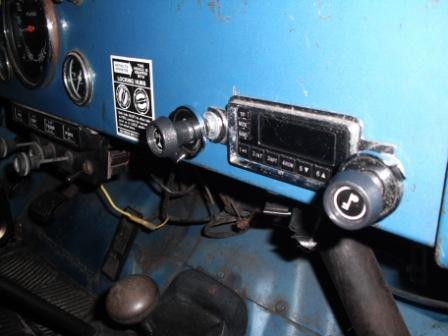 jeep-radio-007.jpg