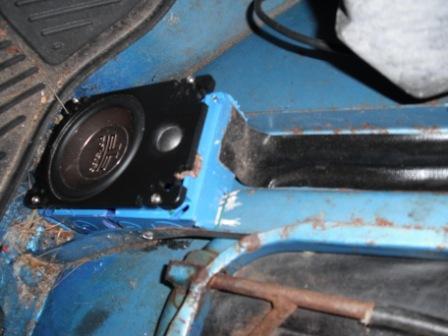 jeep-radio-013.jpg