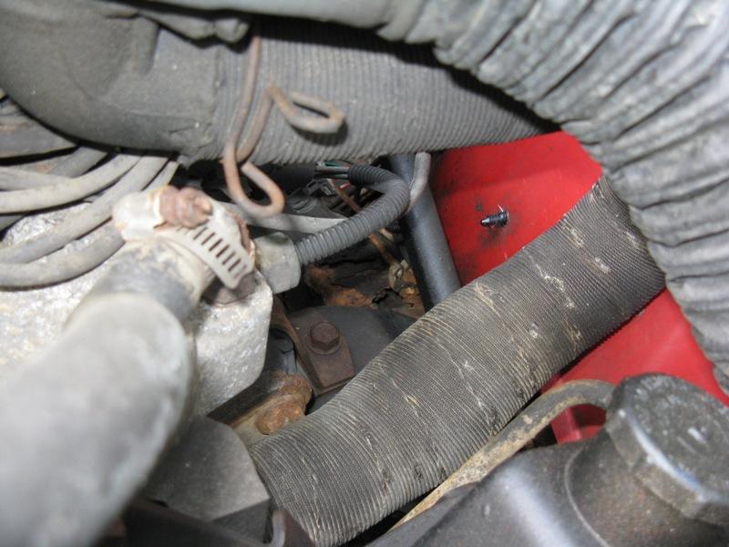 jeep-rust-hole.jpg
