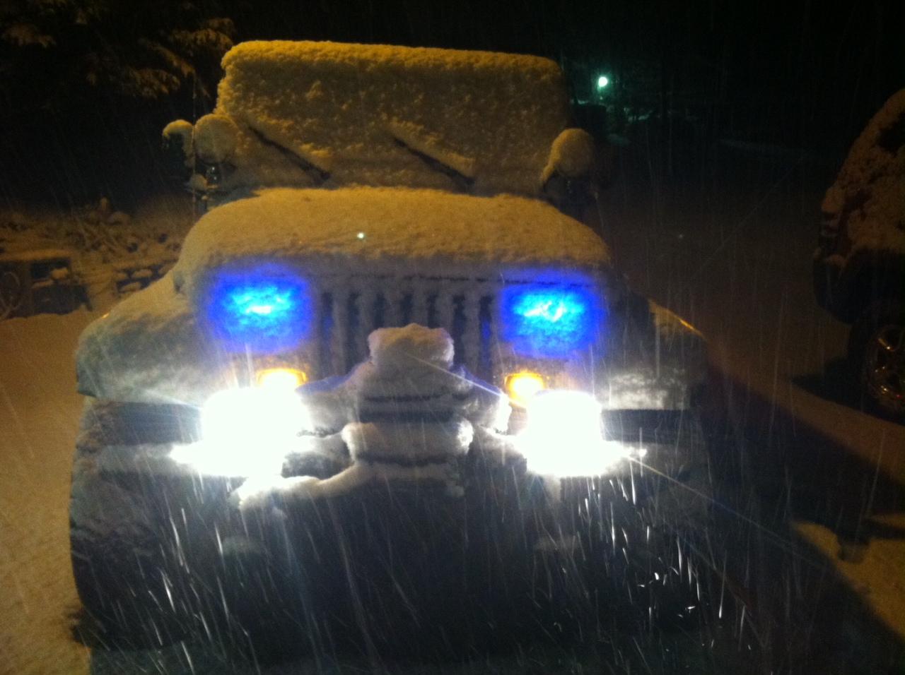 jeep-snow-2.jpg