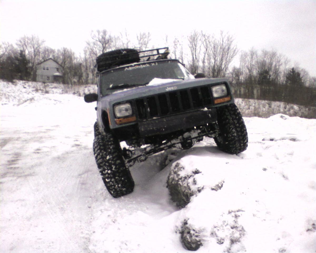 jeep-snow.jpg