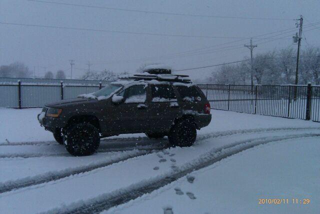 jeep-snow2.jpg
