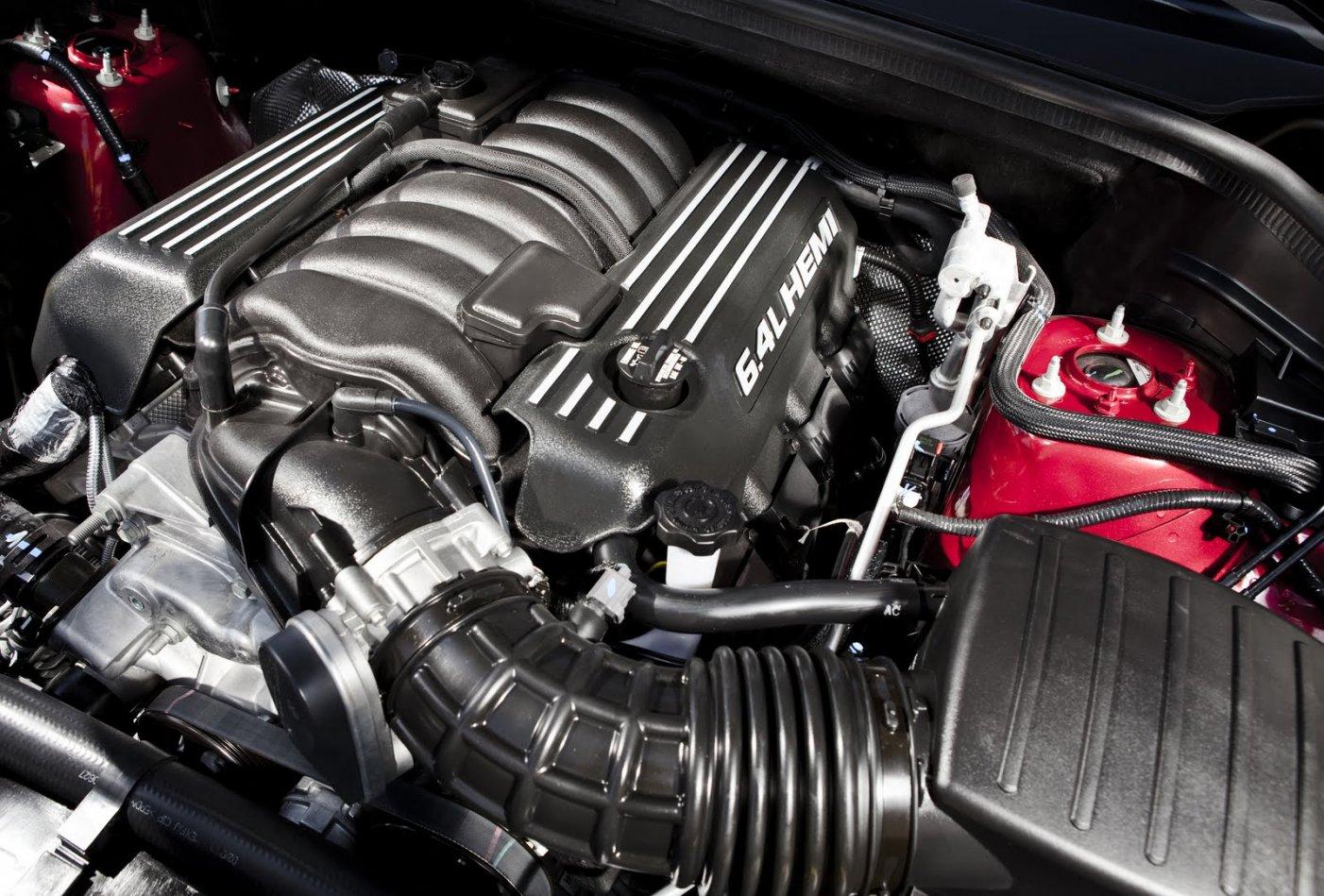 jeep-srt8-engine.jpg