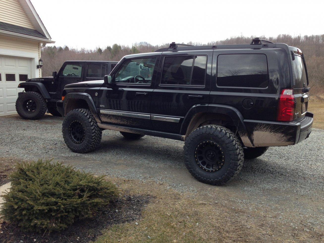 jeep-toyo.jpg