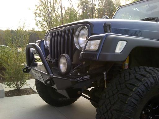 jeep-w.-bumper.jpg