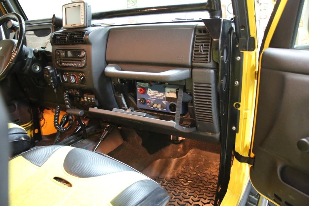 jeep-welder-1-28-2014-004-2-.jpg