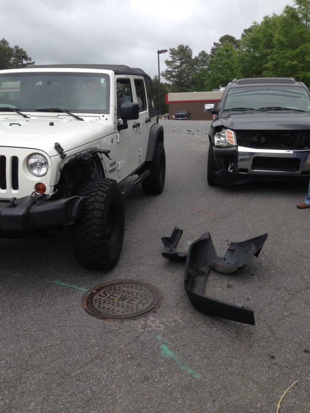 jeep-wreck-5-3-2013.jpg