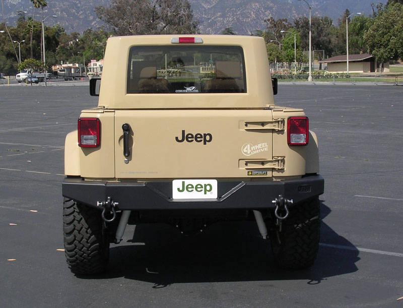jeep_jt_fullrear.jpg