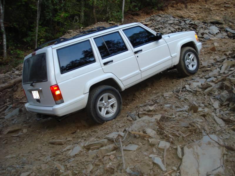 jeep_slatepile.jpg
