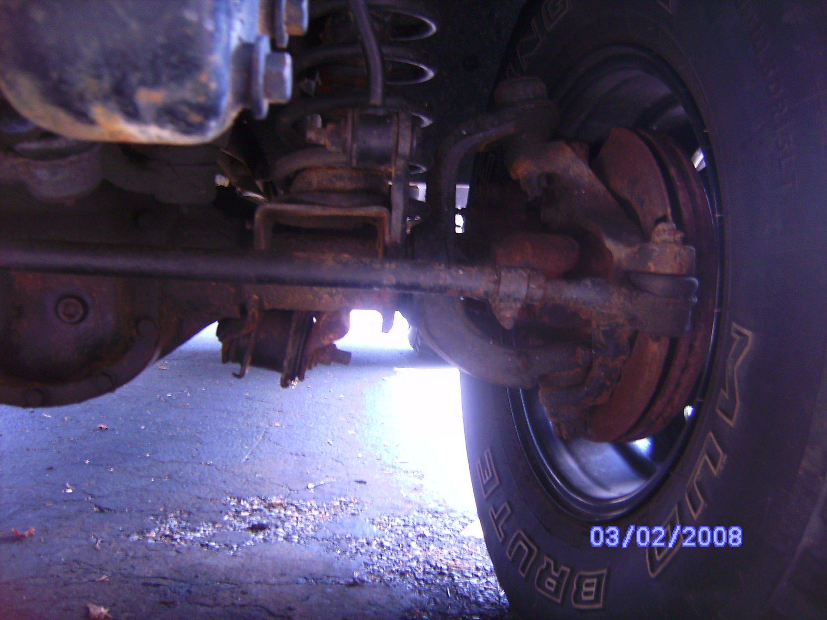 jeepaxle.jpg