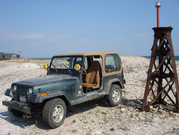 jeepbeach.jpg