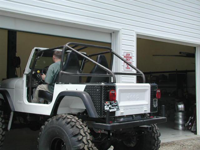 jeepcage2.jpg