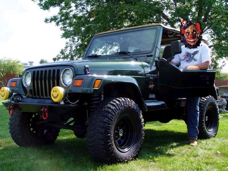 jeepclown.jpg