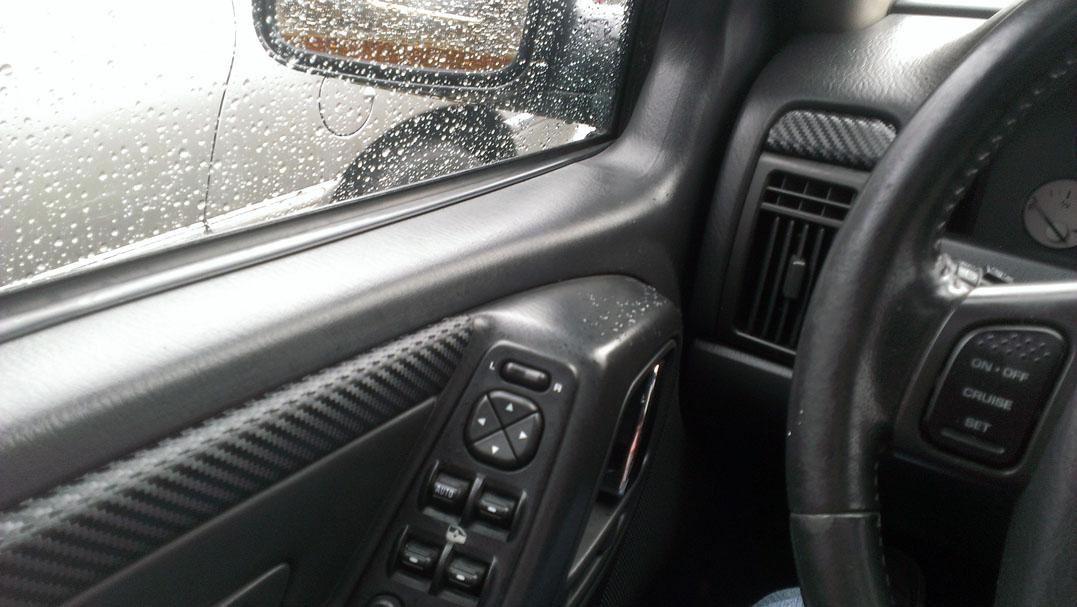 jeepdoor.jpg