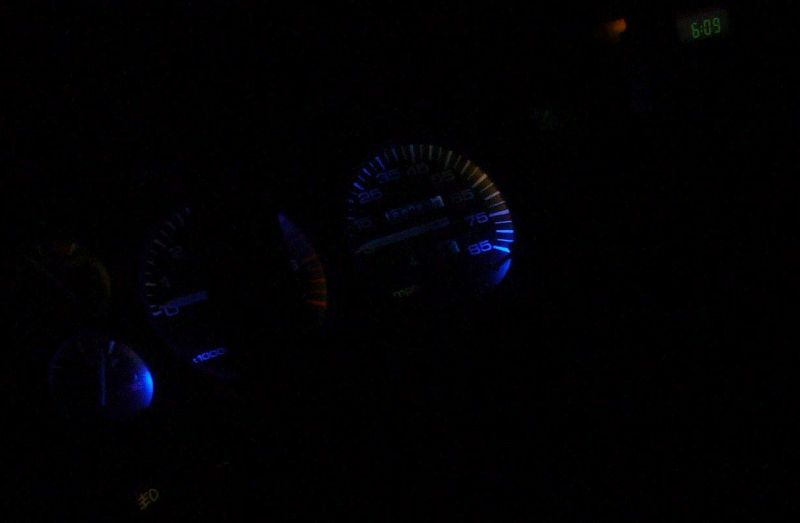 p1050771-blue-leds-.jpg