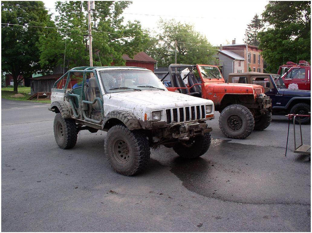 p6020064-tire-flares.jpg