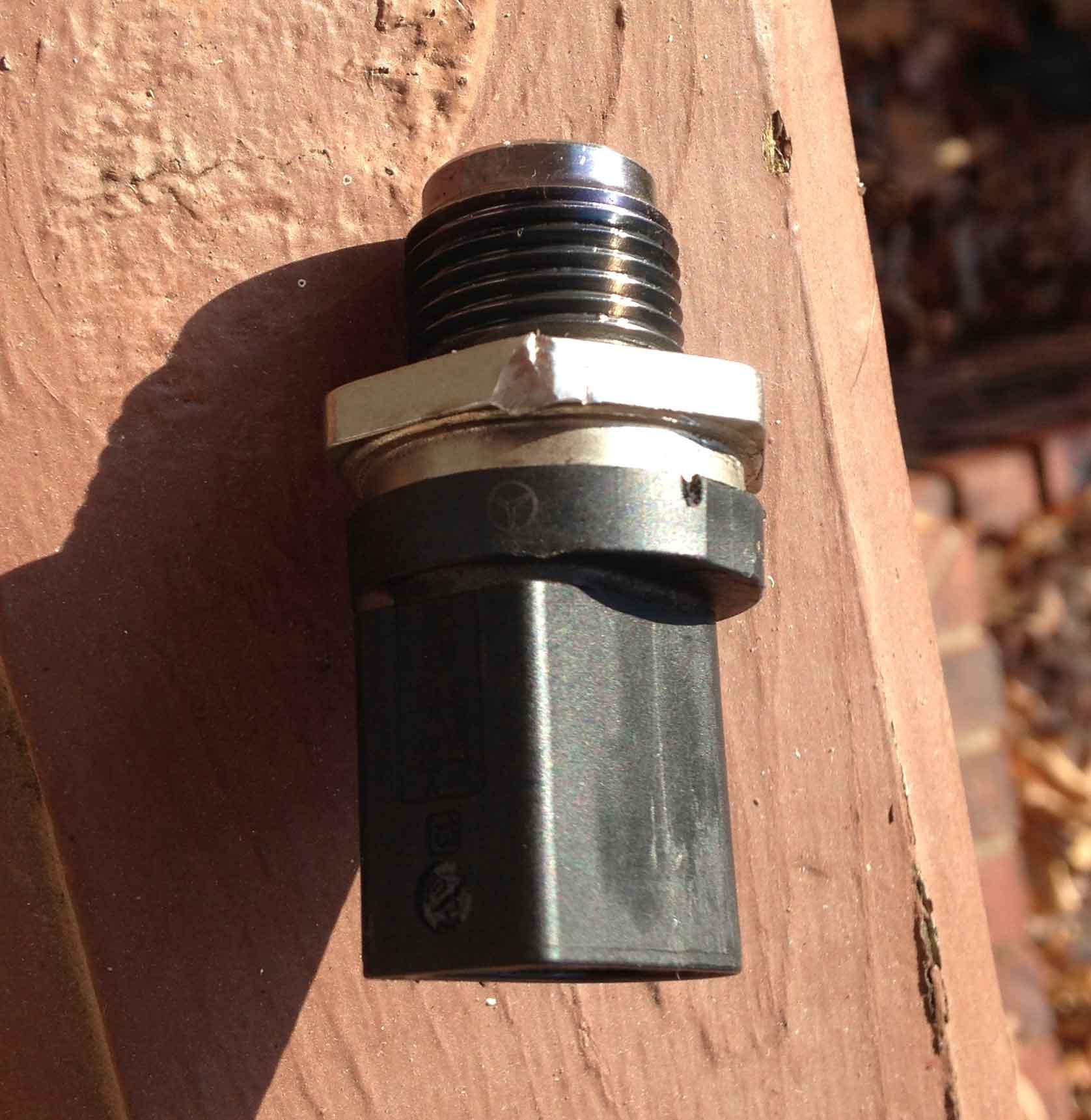 Om642 Fuel Pressure Regulator