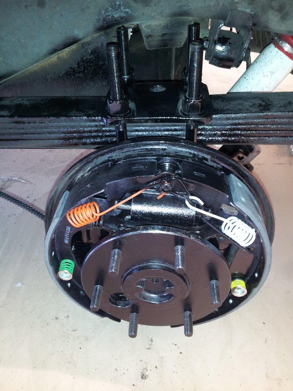rear-brakes-axles-redone.jpg