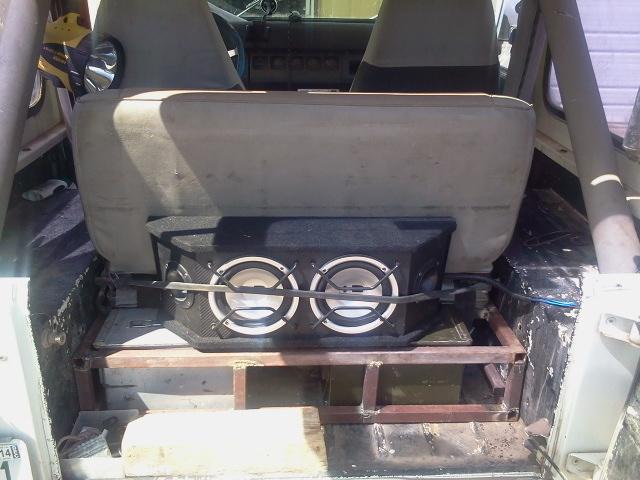 662210d1377725646-rear-seat-storage-problems-rear-seat-storage3.jpg