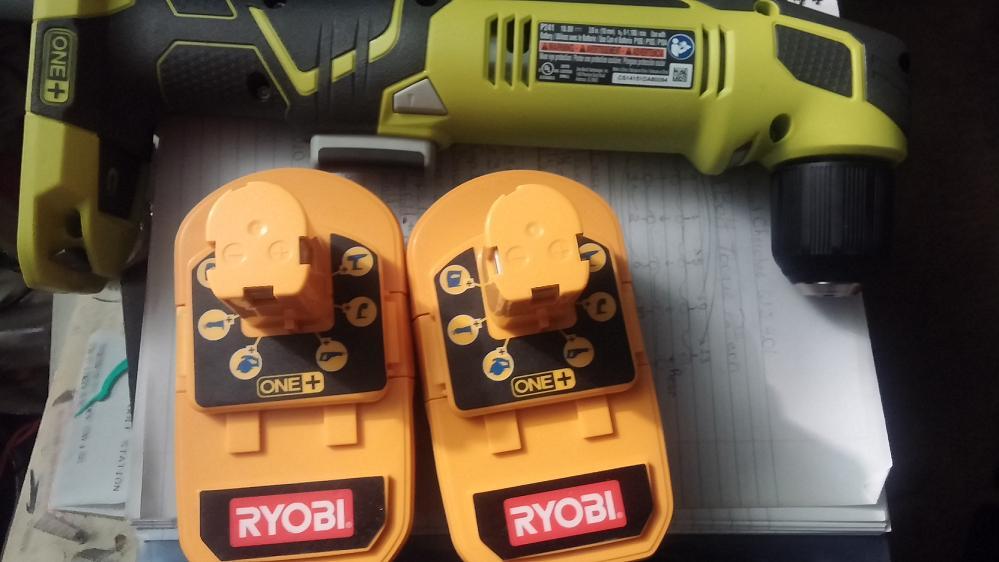 ryobi-90deg-batteries.jpg