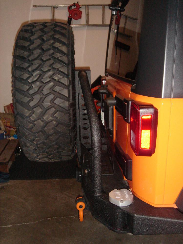 sb-tire-carrier-1.jpg