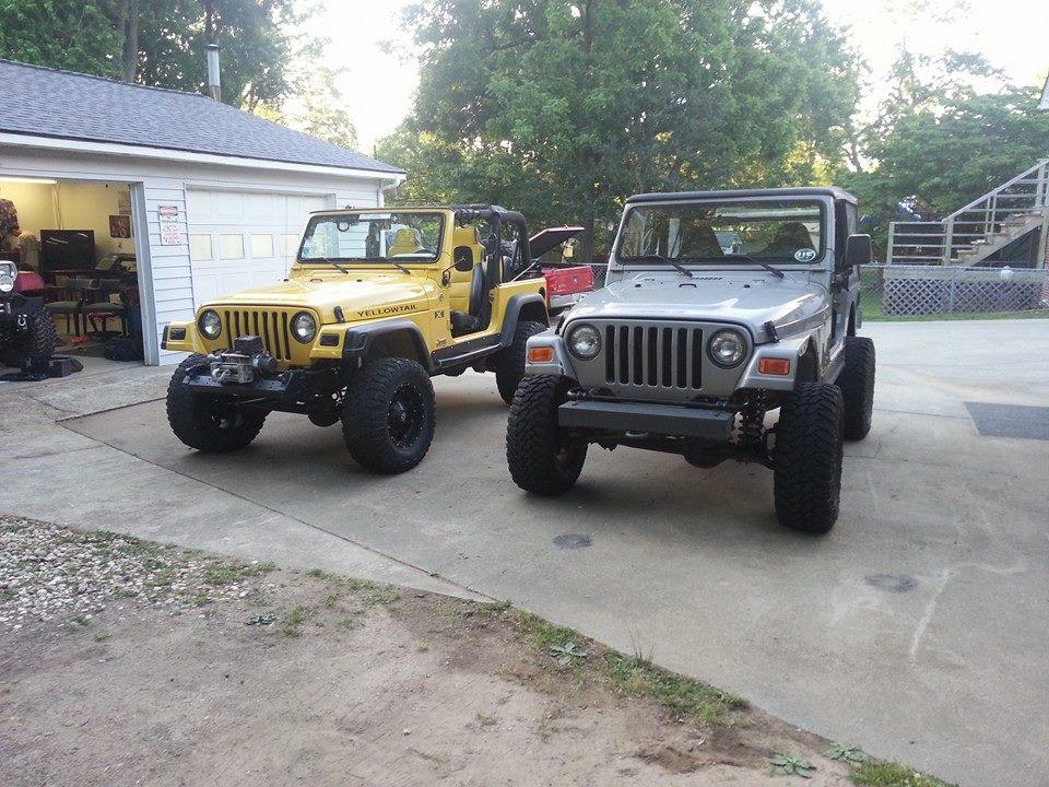 seth-levis-jeeps.jpg