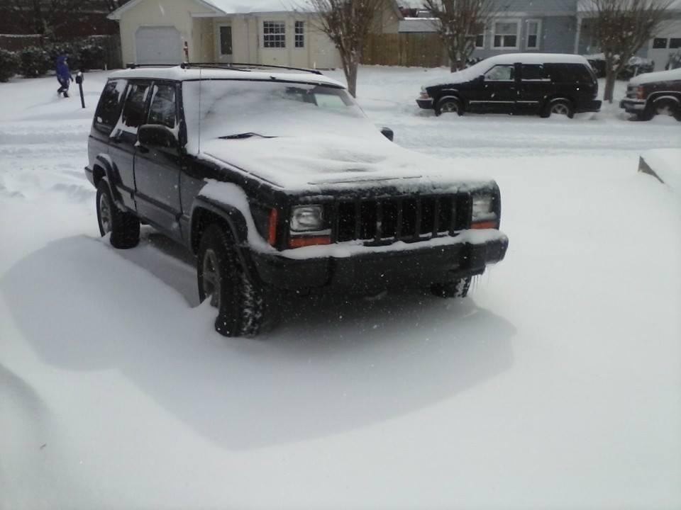 snowjeep2.jpg