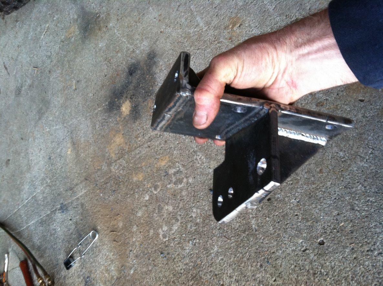 steering-bracket.jpg