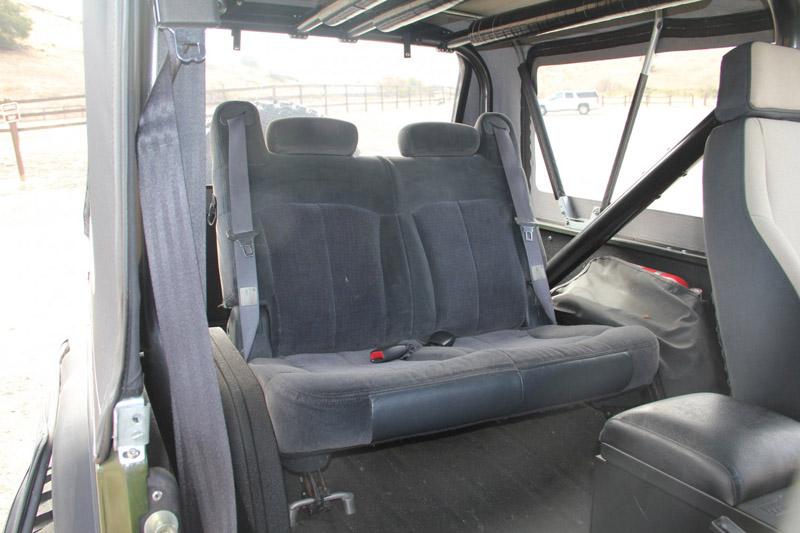 sub_rear_seat_small.jpg