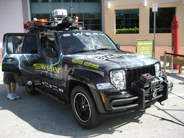 swerv-jeep2.jpg