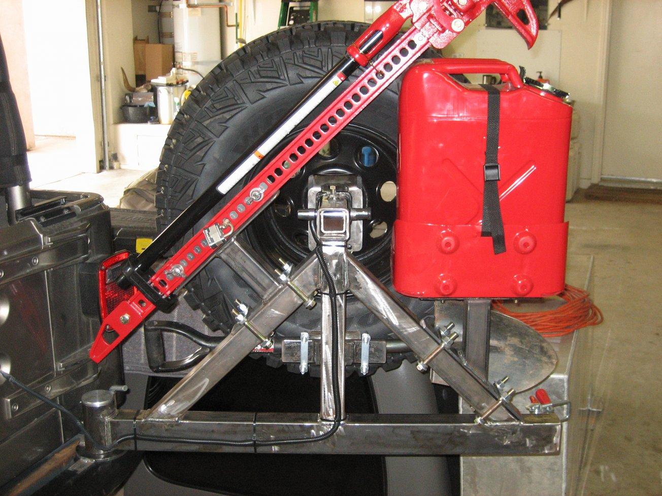 tire-carrier-004.jpg