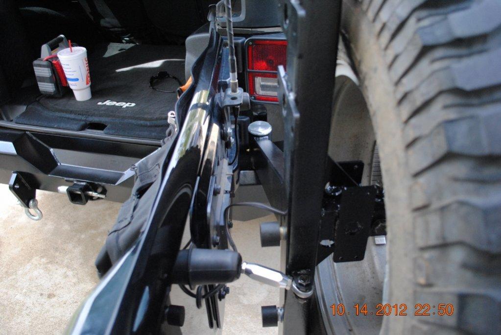 tire-carrier-1024x685-.jpg