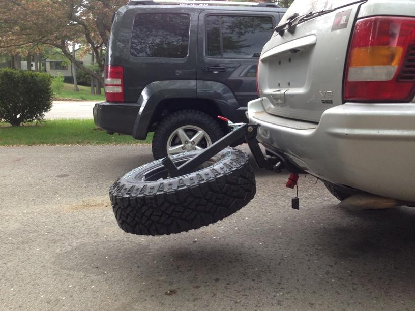 tire-carrier-6.jpg