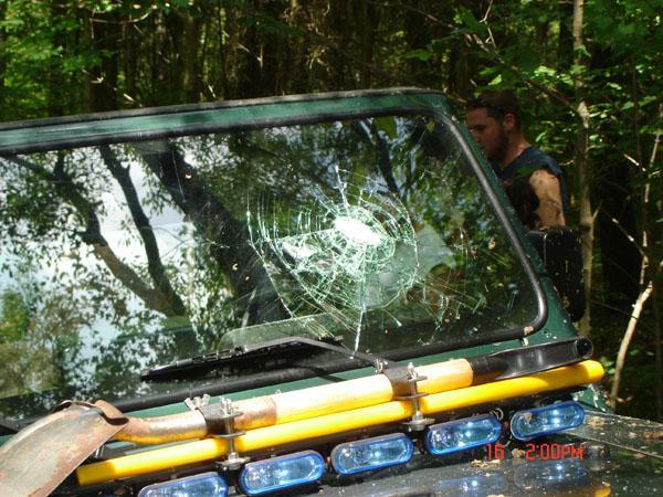 tow-strap-windshield.jpg