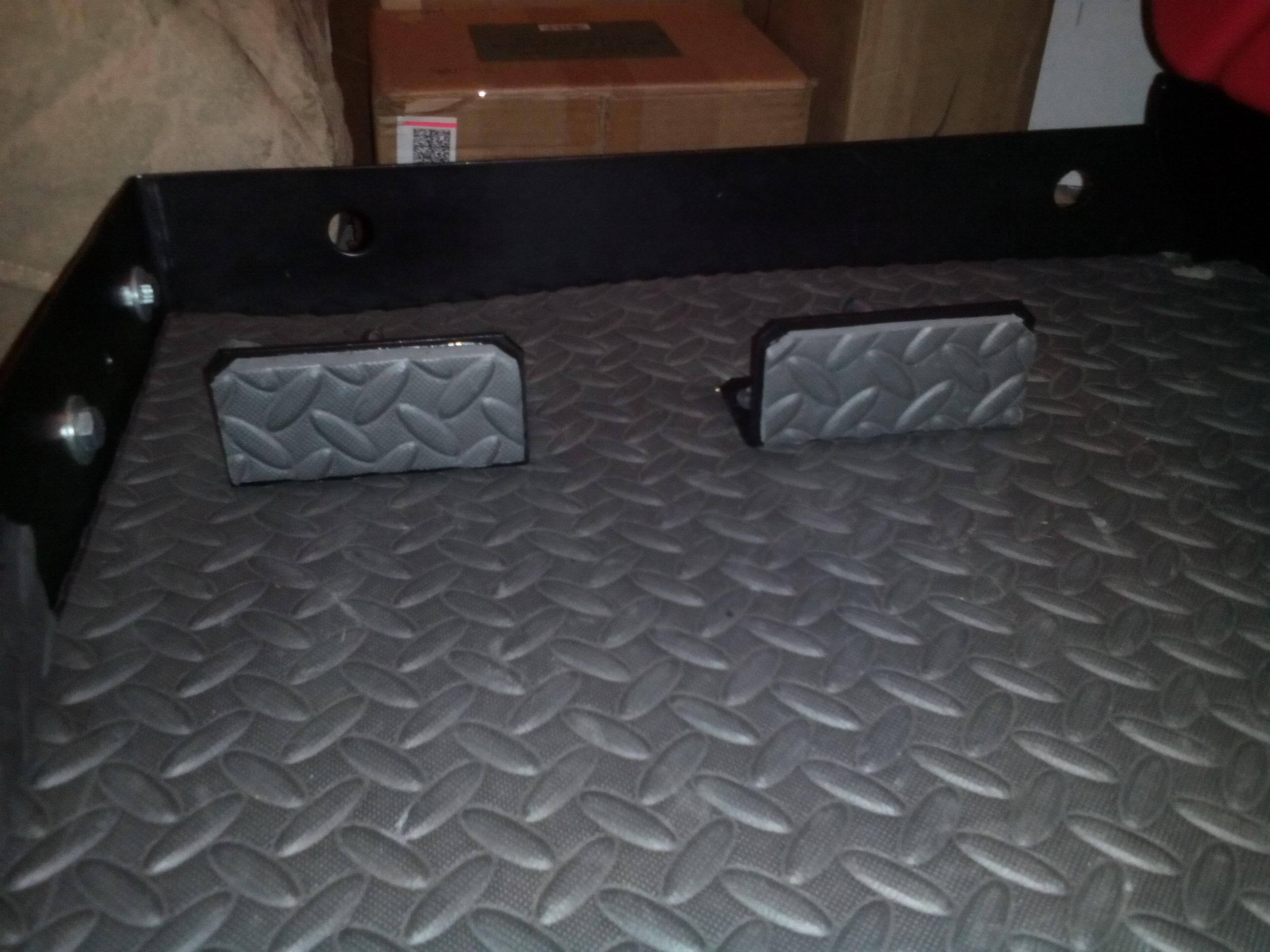 trailer-tray2.jpg