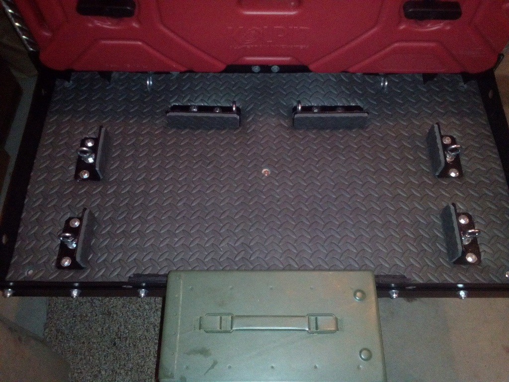 trailer-tray3.jpg