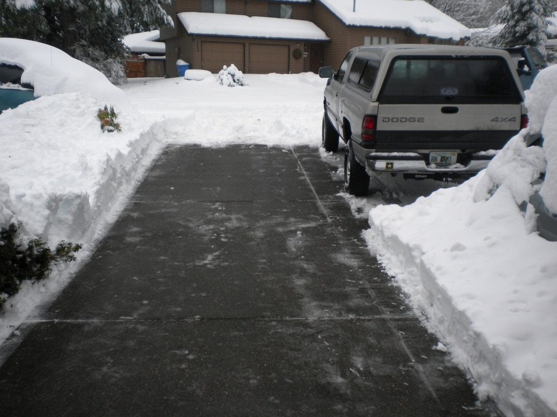 truck-snow-2.jpg