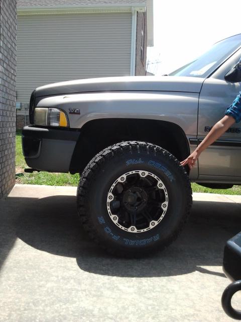 truck-tire-truck1.jpg