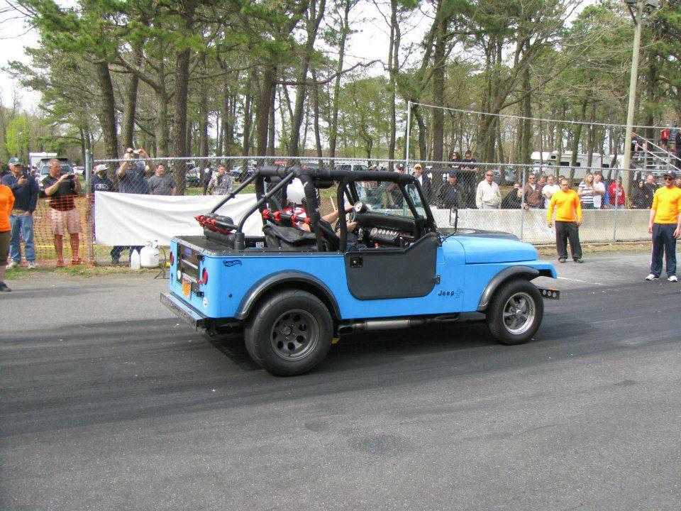 z-my-jeep-islip-drags.jpg