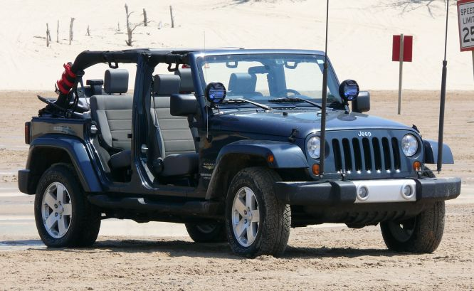 Jeep-Dunes.JPG