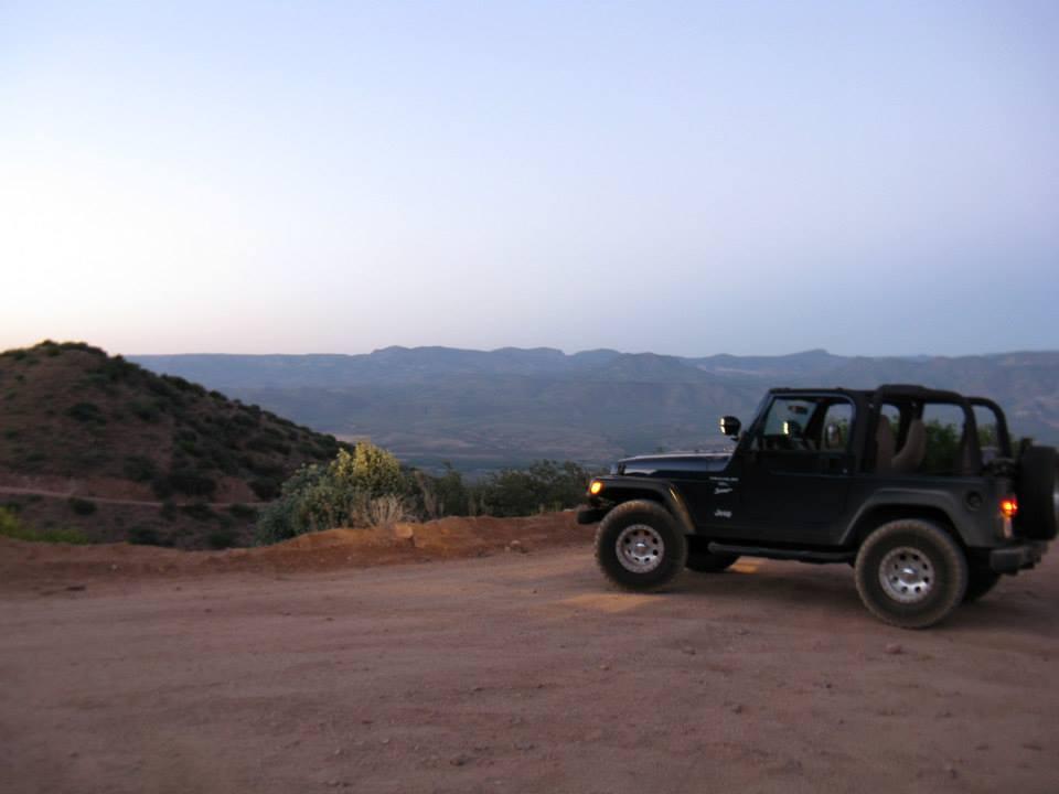 Jeep1490.jpg