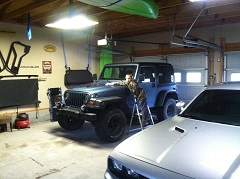 Jeep_Garage_2