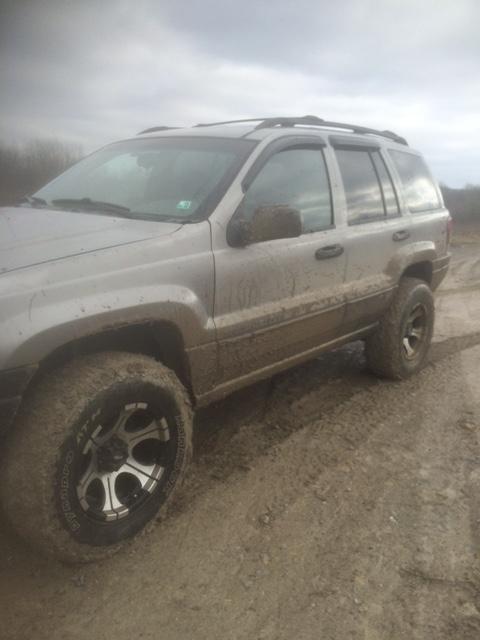 muddy_jeep.png
