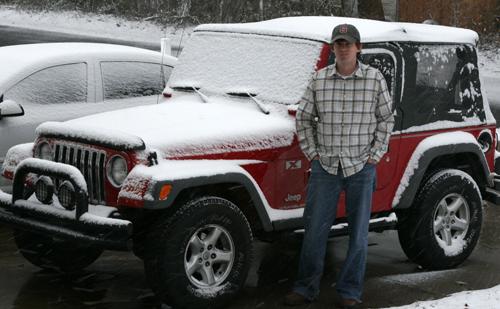 1-jeep-snow.jpg