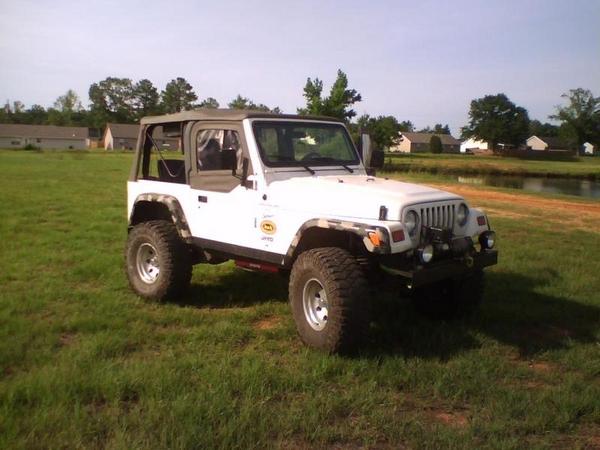 jeep1_463424.jpg