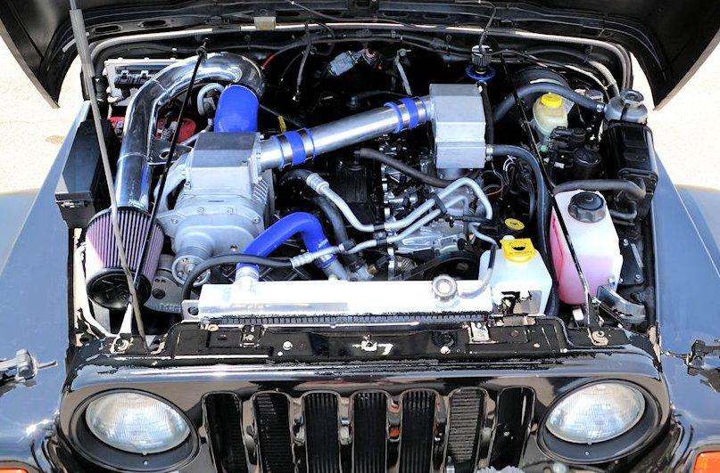 Jeep_TJ_engine_4.jpg